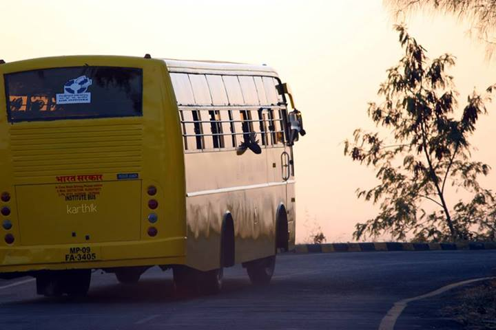 IIM Indore Shuttle Buses that go around the campus and to city every half hour